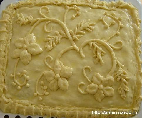 Украшение пирогов с яблоками из дрожжевого теста 4